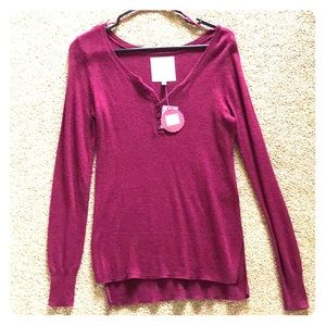 SO Perfect Pullover size S
